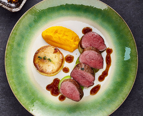 Juniper & Orange Seared Loin of Marinated Venison, Fondant, Smoked Carrot Purée & Red Wine Jus